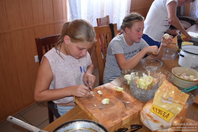 Galeria Z kulinarią za Pan Brat - Komorzno